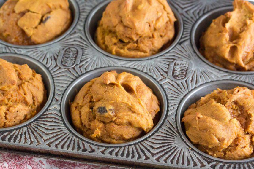 pumpkin-raisin-muffins-in-pan-855x570.jpg