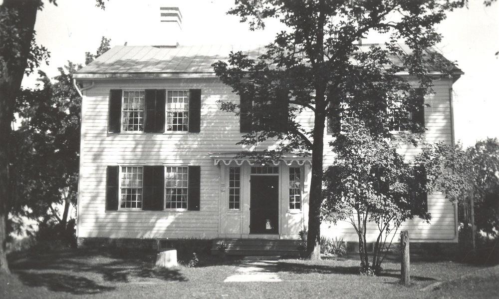 P earson/Taintor House .  Photograph. Source:Avon Town Historian
