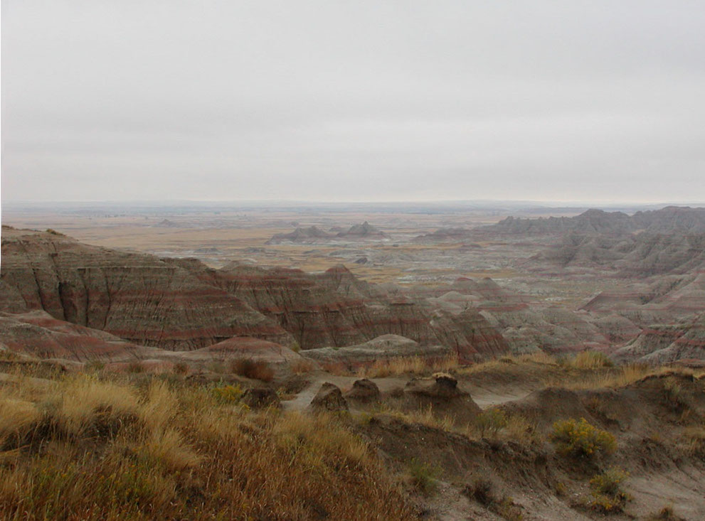 Badlands_in_South_Dakota.jpg