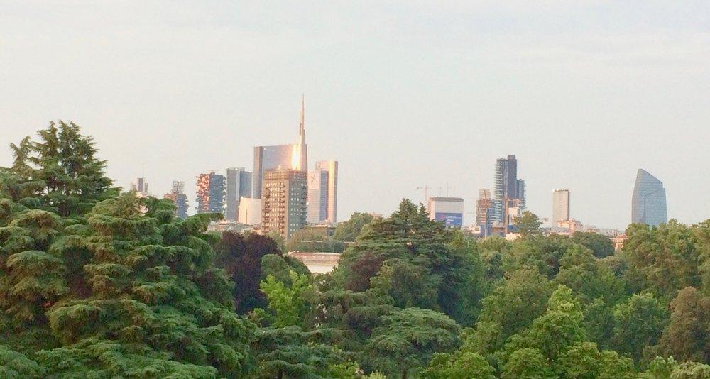 milano skyline.jpg