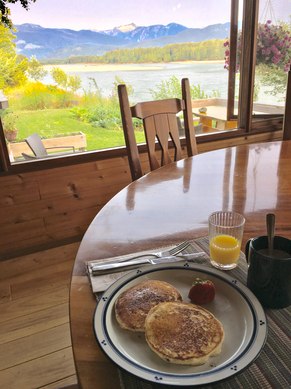 Skeena River House breakfast