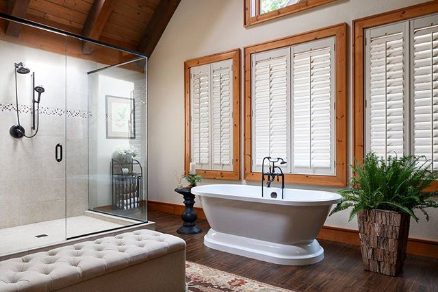 Beautiful master bath #remodel in Western North Carolina. #interiordesign #wnc #architecture #architecturephotography #interior #design #designinspiration #interiorphotography #bathroom #bathroomdecor #archidaily #renovation #raleighphotographer #raleigh #bathtub