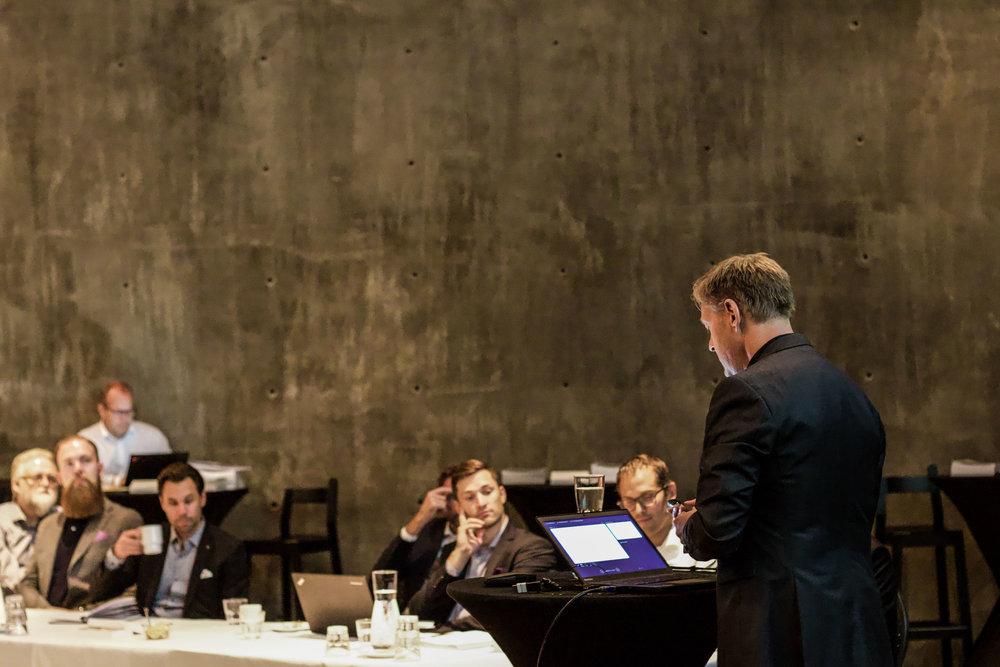 Konferanse i Oslo sentrum. Velg et lokale som ligger sentralt for å få lett tilgjengelighet for gjestene.