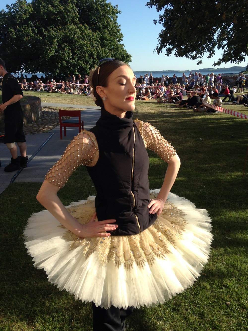 Outfit of the Day. 😎 #OdileVest  #Tutu via principal #ballerina of Royal Danish Ballet,  #JaimeCrandall