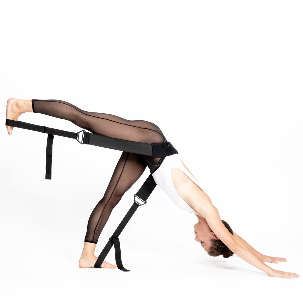 Rein Short - Flexistretcher yoga - three legged dog