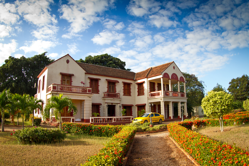 La Casona Romano is an old sugar plantation house, located in the small town of Brasil.