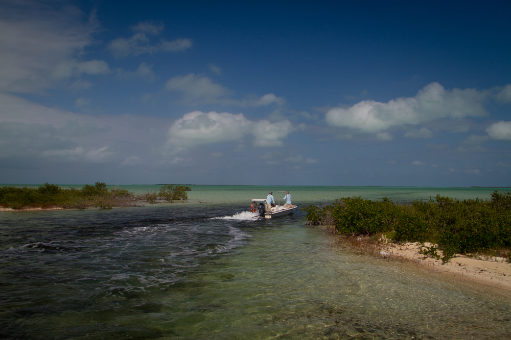 The skiff moving from the interior to the oceanside flats, Cayo Cruz, Cuba
