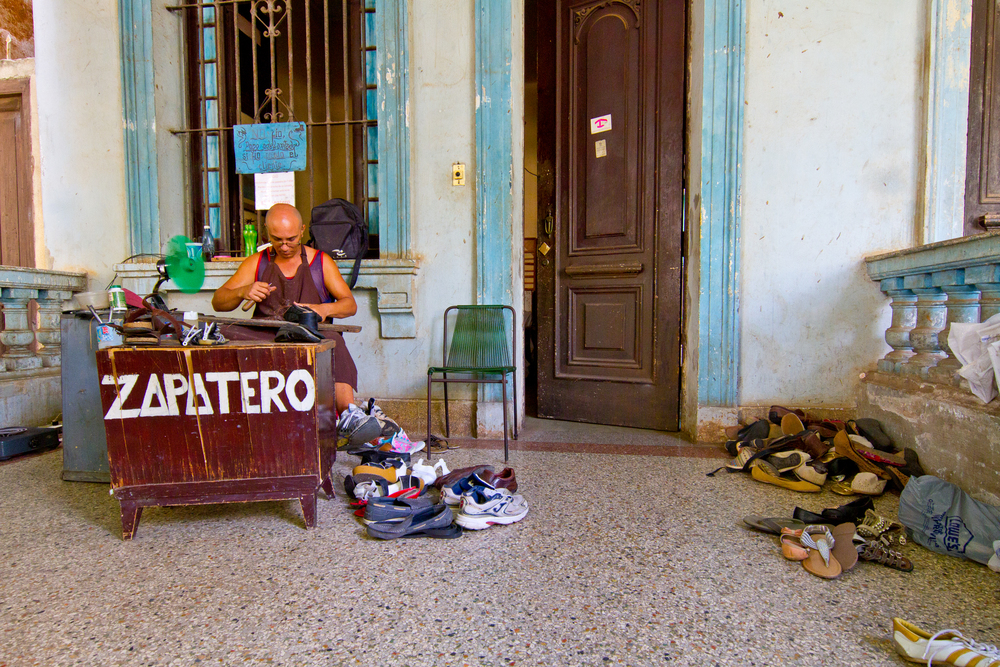 Vedado shoe repair business, Havana, Cuba