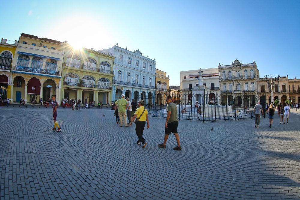 Touring Plaza Vieja in old Havana