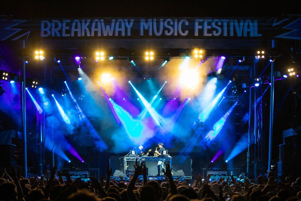 Poulos_BreakawayCharlotte-Friday-Griz-27.jpg