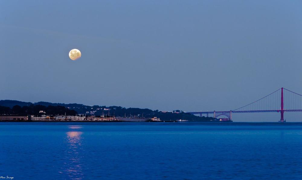 moon over SF.jpg