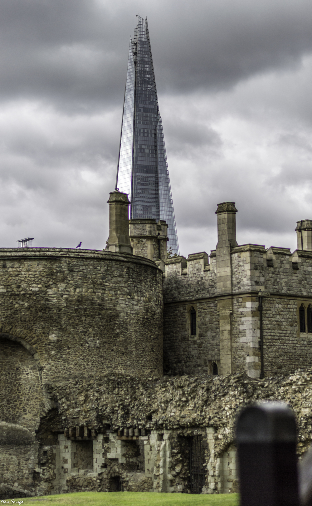 Tower of London shard.jpg