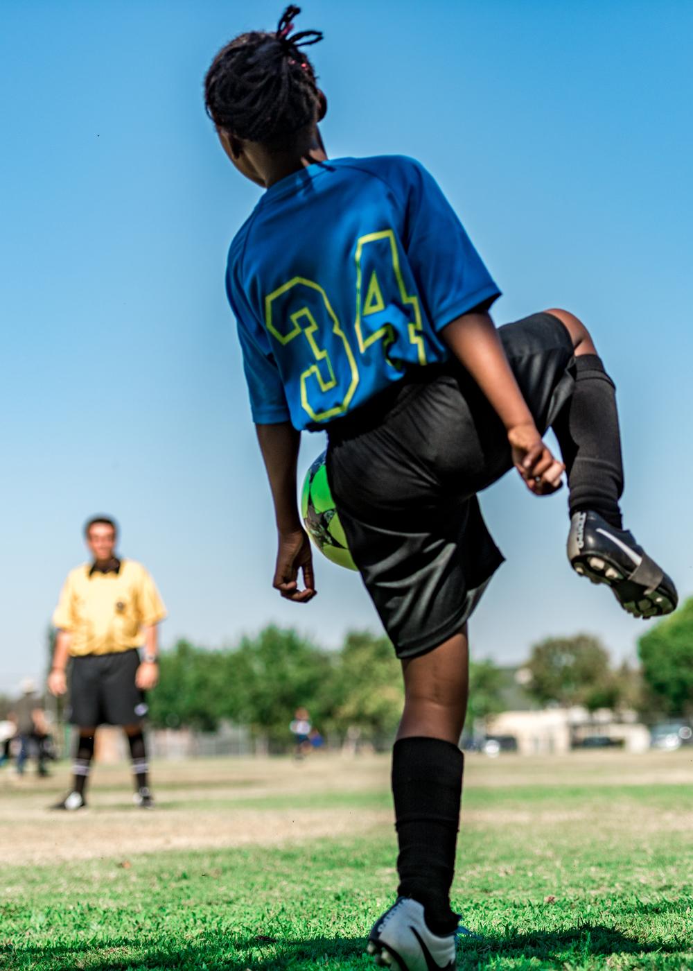 kylie soccer 9-19-15-3.jpg