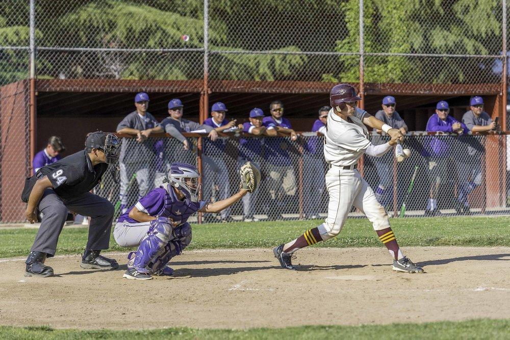 Sierra baseball 5-11-17-38.jpg