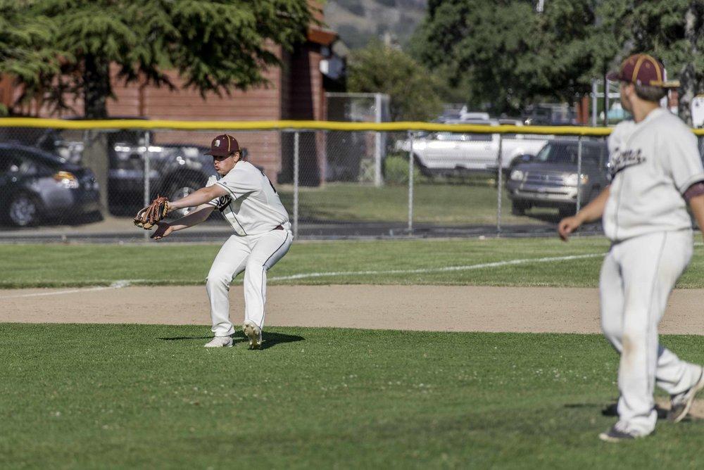 Sierra baseball 5-11-17-40.jpg