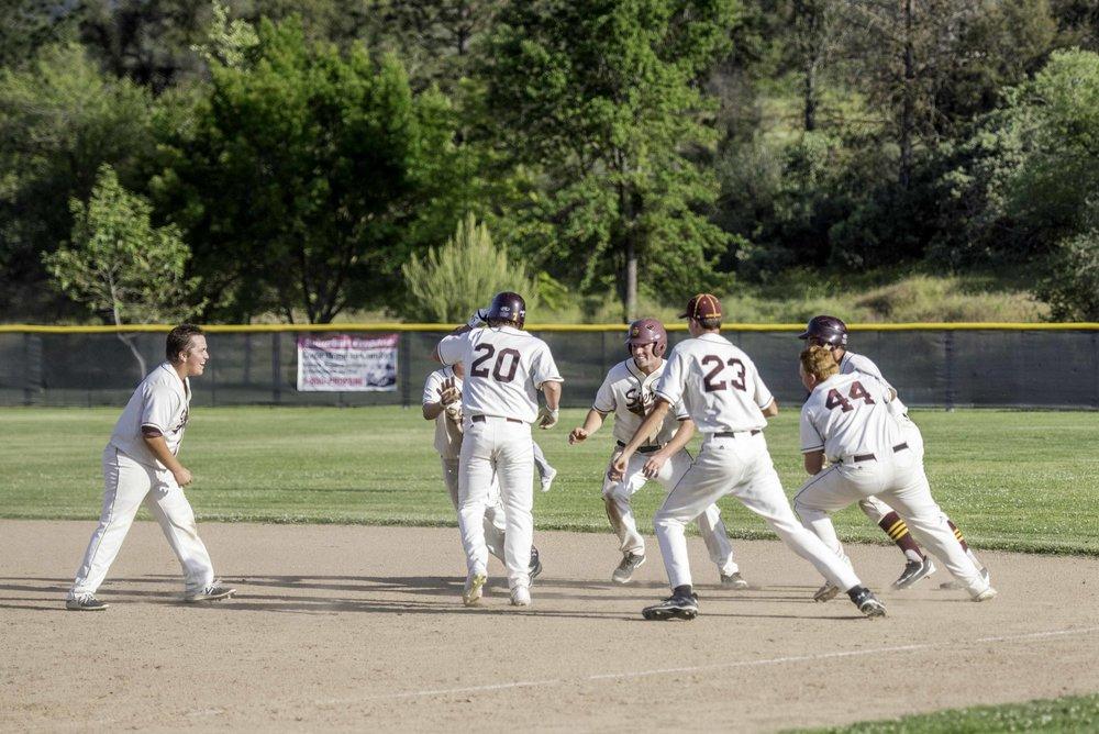Sierra baseball 5-11-17-52.jpg