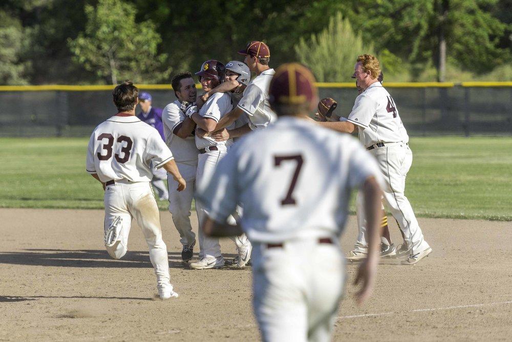 Sierra baseball 5-11-17-54.jpg
