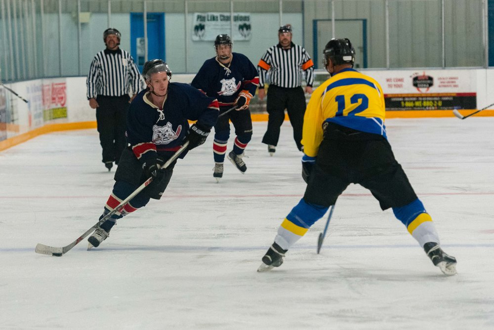 Ice dogs v WC Seals 10-13-17-14.jpg
