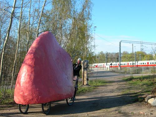 A Vagina on Wheels | Töölöönlahti, Helsinki