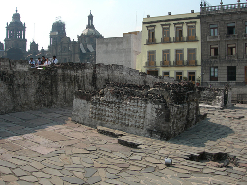 Templo Mayor - sculls