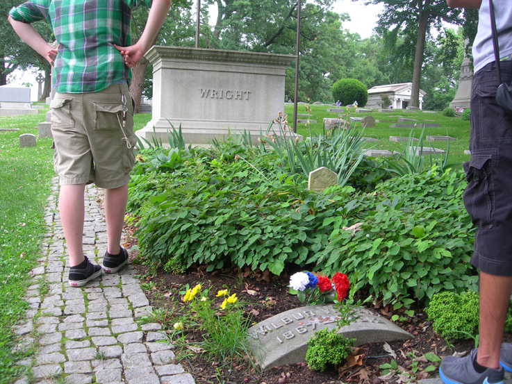 Wright Brothers gravesite / Woodland Cemetary