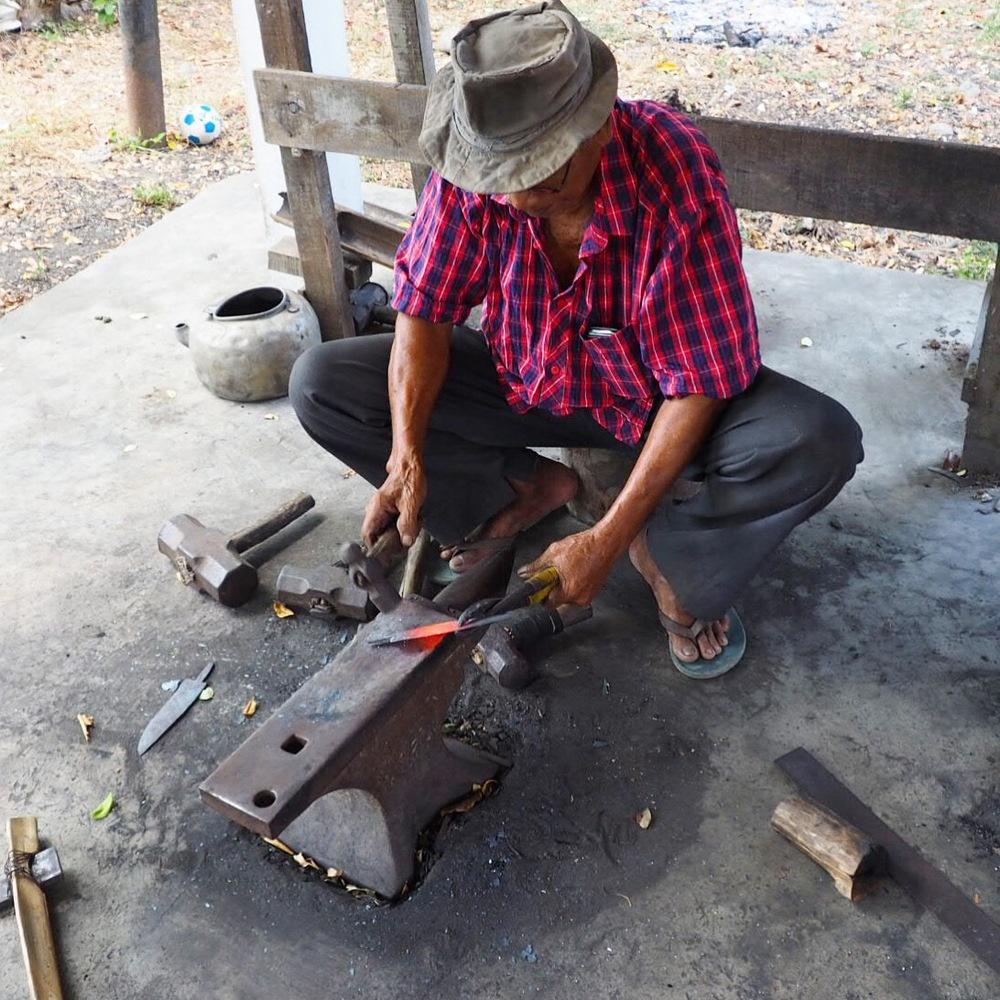 Making the machete