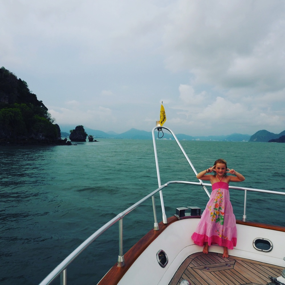 Sunset dinner cruising is fabbo for kids in Langkawi