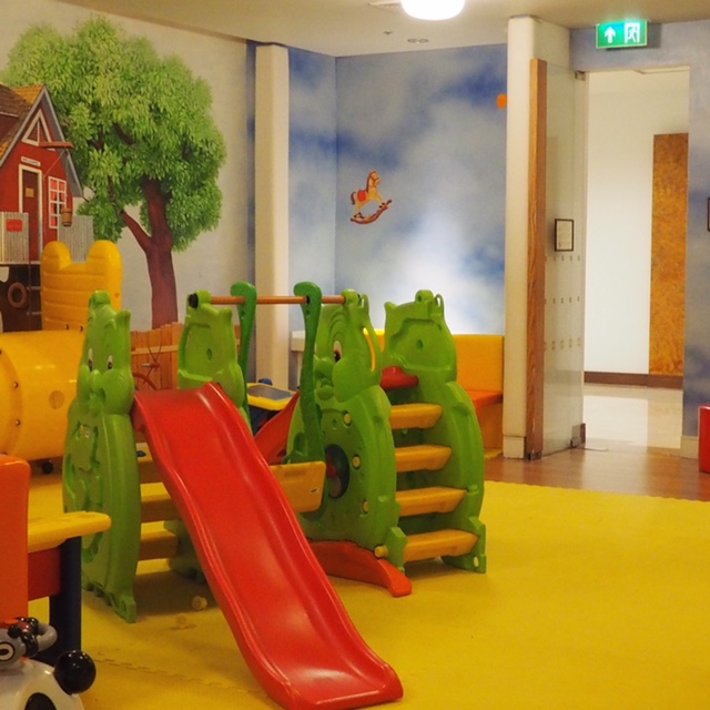 This is a small section of the playroom, there is so much for kids to do here.