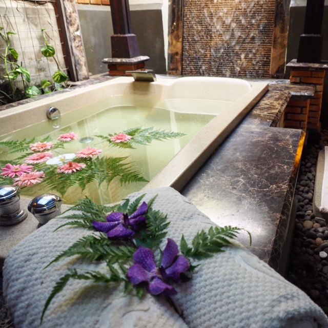 Gorgeous bath at Chi the Spa Chiang Mai