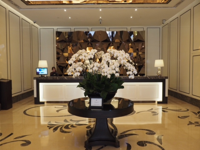 Beautiful lobby with Champagne Bar!