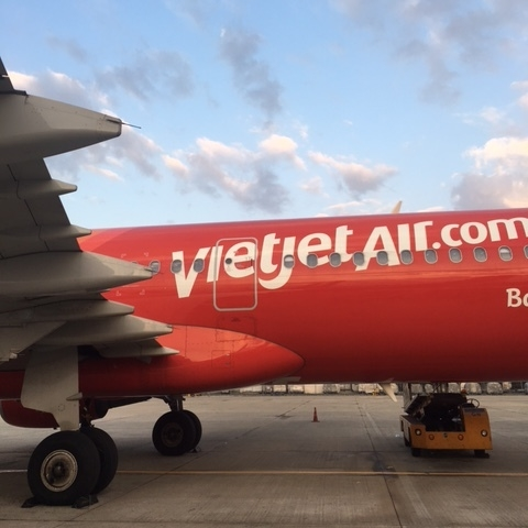 I flew from Hoi An to Ho Chi Minh with vietJet