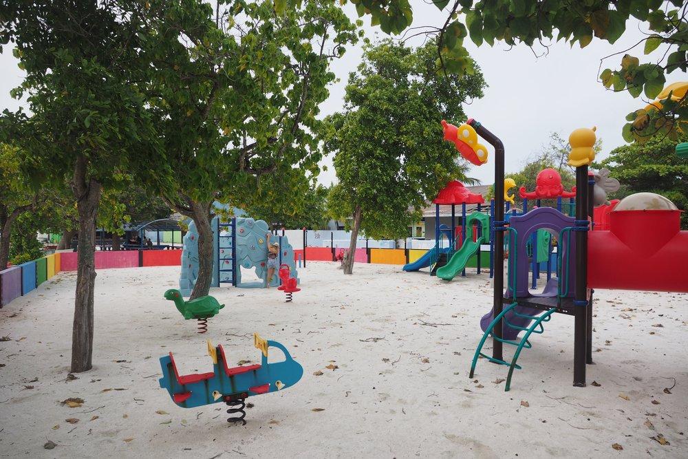 fulusdhoo playground.jpg
