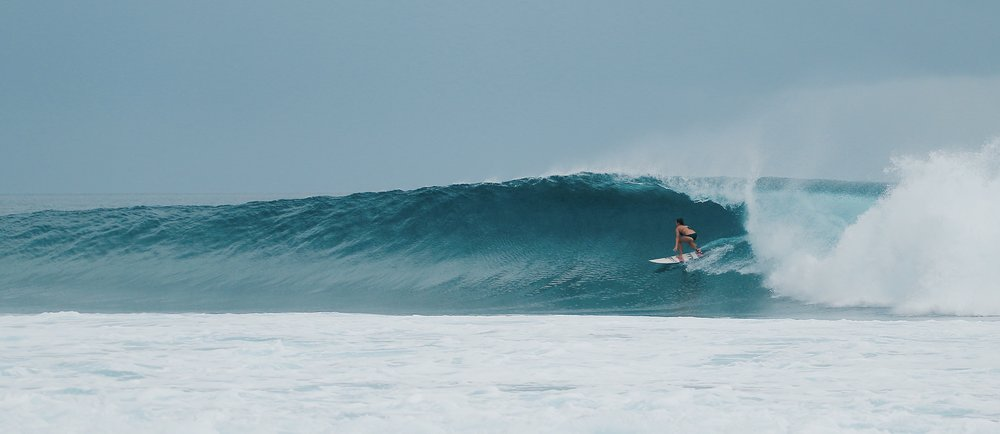 Surfing at Thulusdhoo