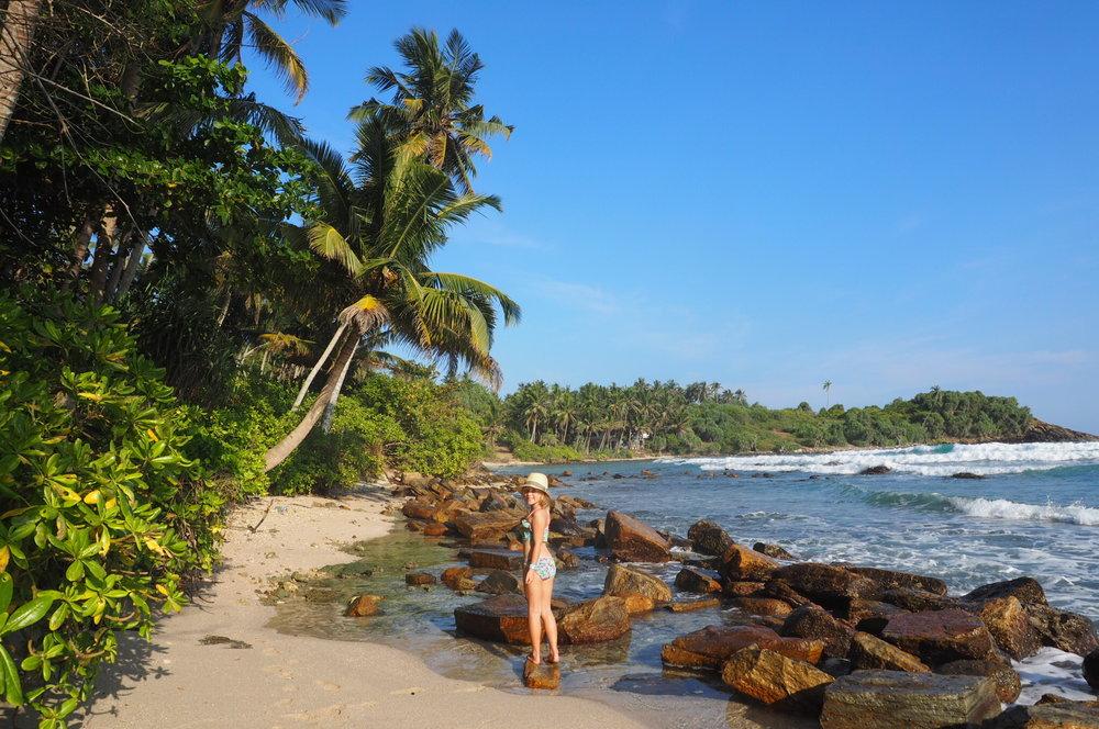 The best beach for kids in Sri Lanka - Hiriketiya