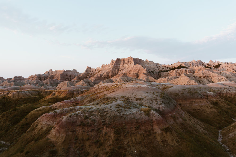 the badlands - alpenglow in the morning