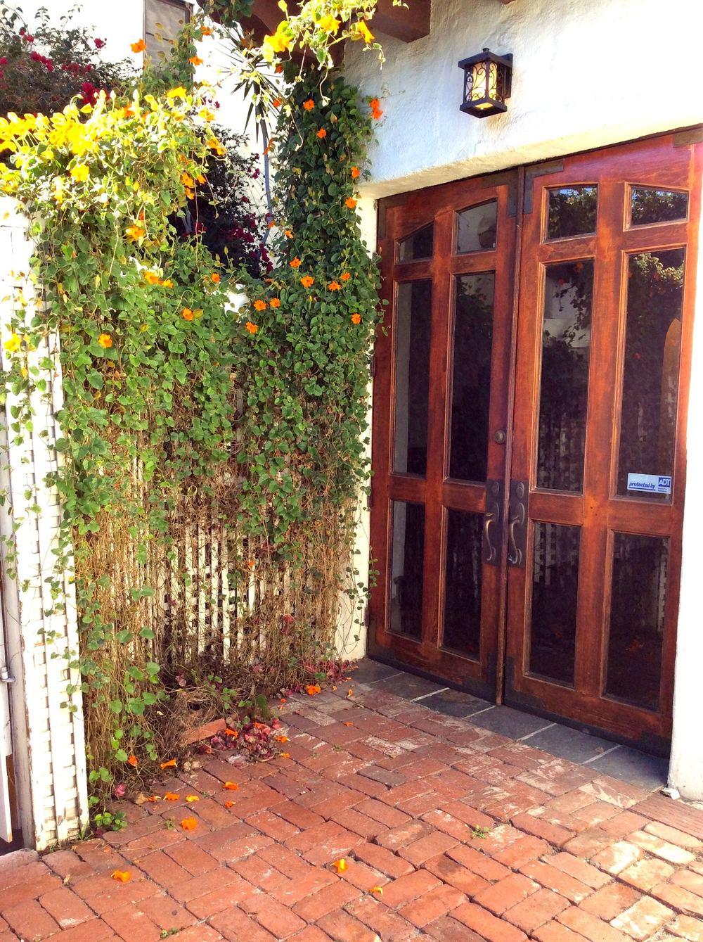 1515 Hayworth Doors 1a.jpg