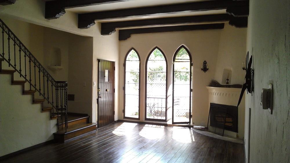 1515 Hayworth Windows 1c.jpg