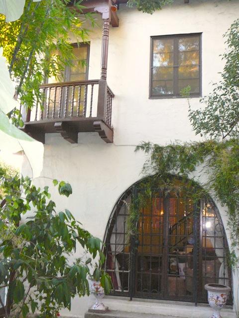 1 Balcony.jpg