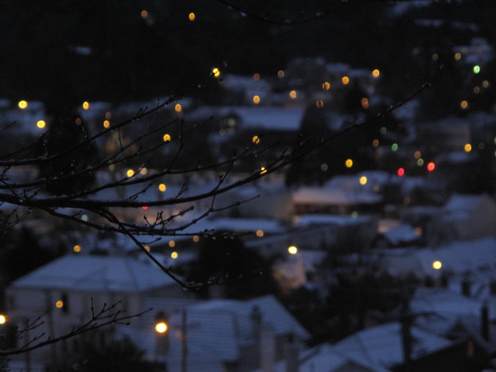 city-lights-at-night-bokeh