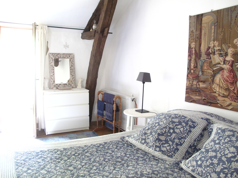 Les Eyzies bed and breakfast in an old monastery - blue and white French decor.