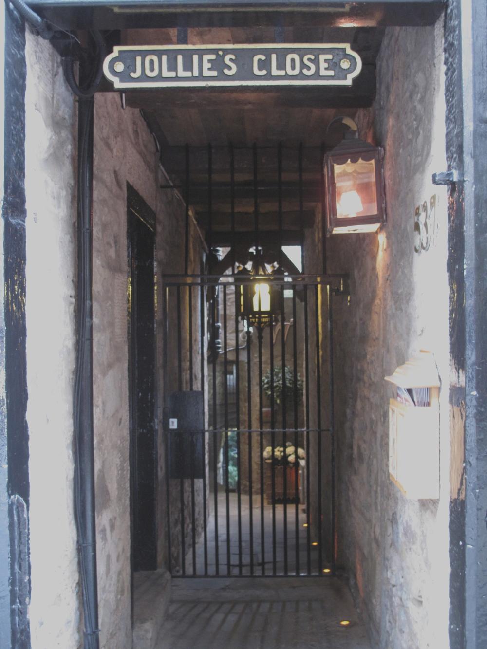 Jollie's Close doorway.