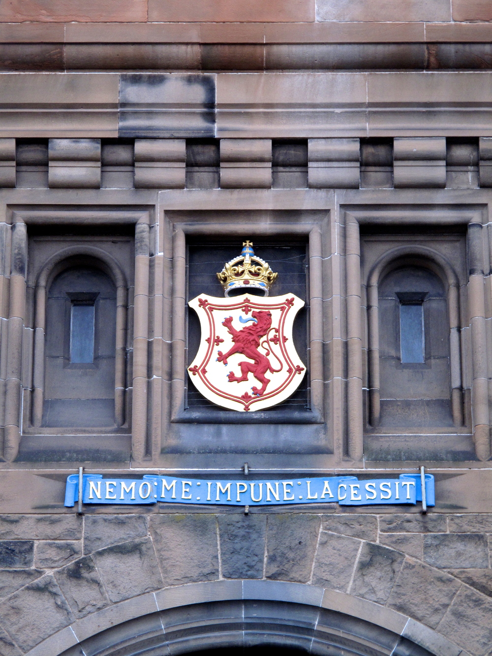 Edinburgh Castle front gate and coat of arms.