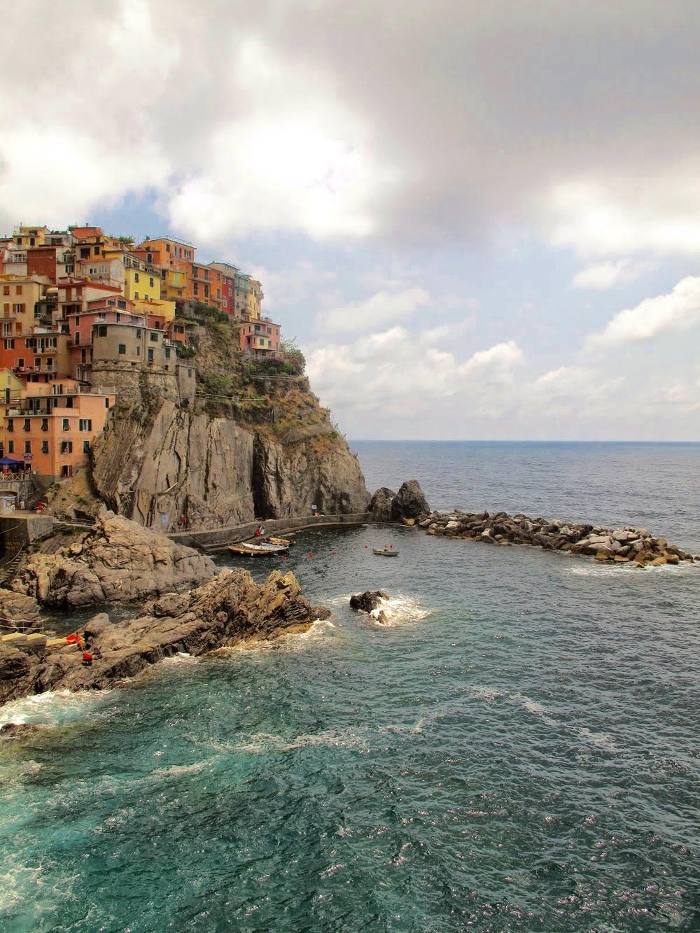 Riomaggiore photography - an Italian village on the coast of the Cinque Terre.