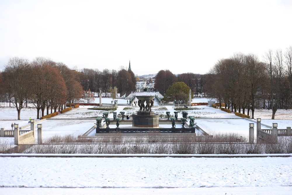 vigeland park Oslo in winter
