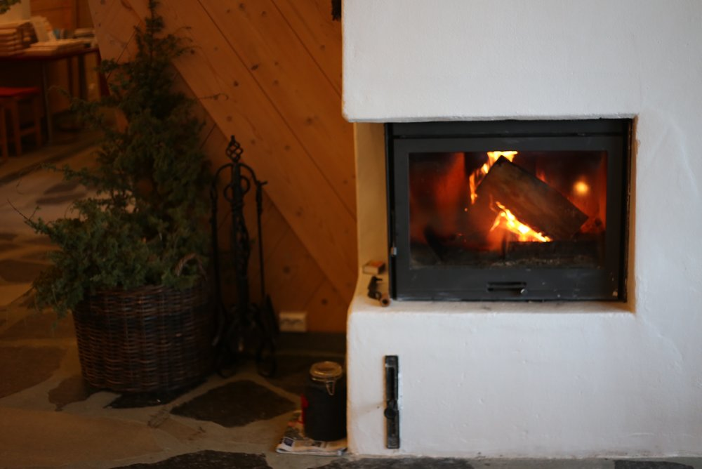 roaring fire Christmas