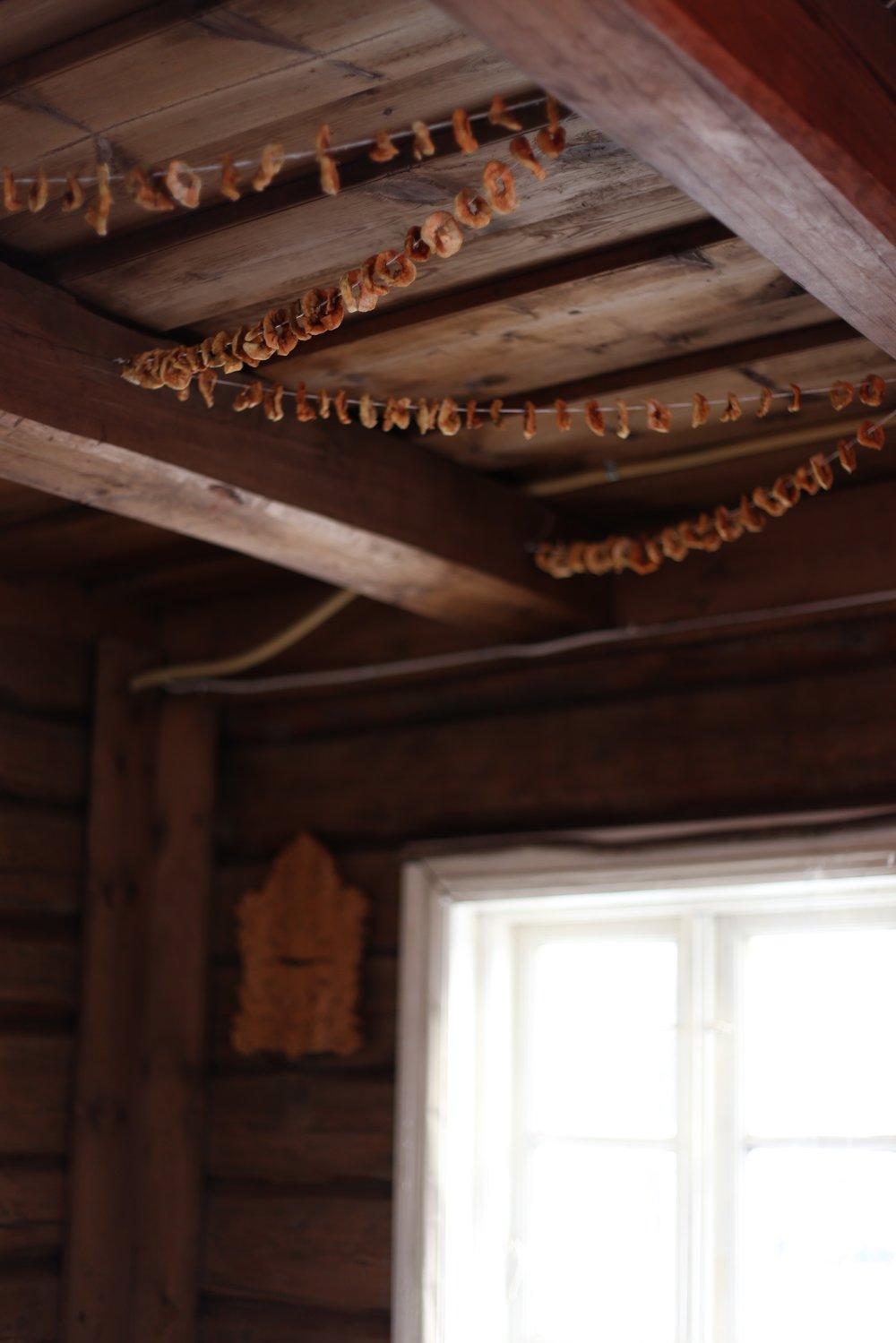 dried apple garlands
