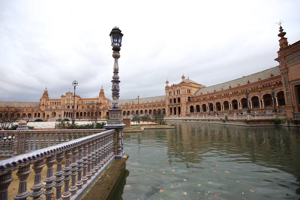 plaza de espana in winter