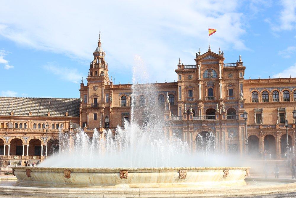 fountain plaza de España