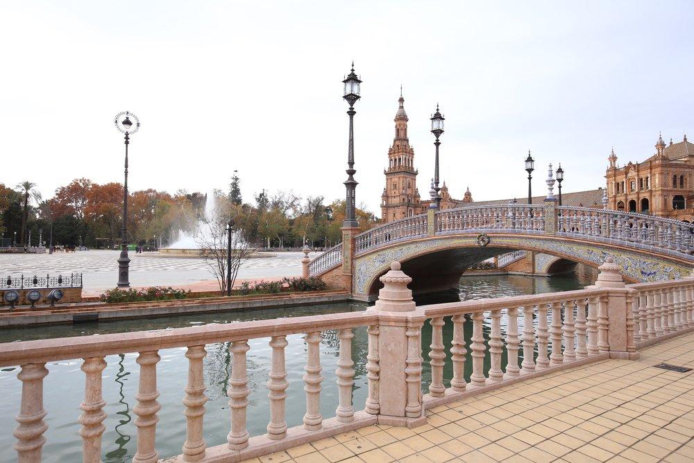 plaza de espana bridge