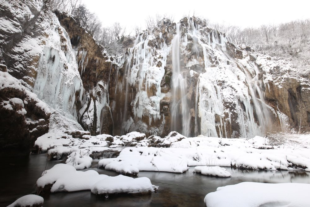 Veliki Slap waterfall in winter, at the Plitvice National Parks.